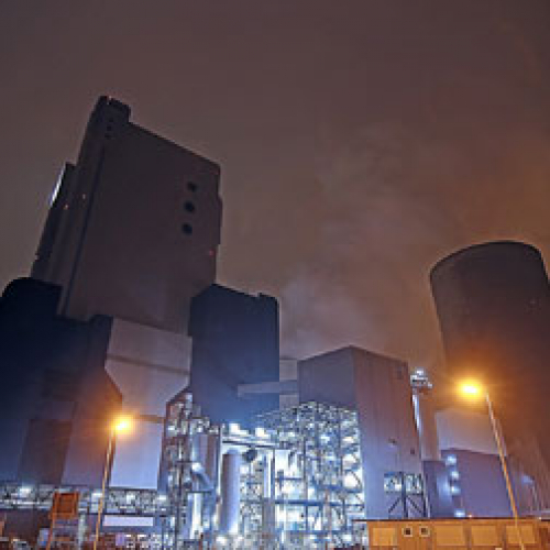 How Manufacturers Can Cut Down Industrial Energy Costs 245